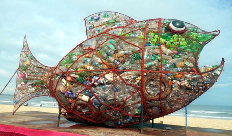 All It Took To Clean Up This Beach Was A Big Fish Sculpture Named Goby 1